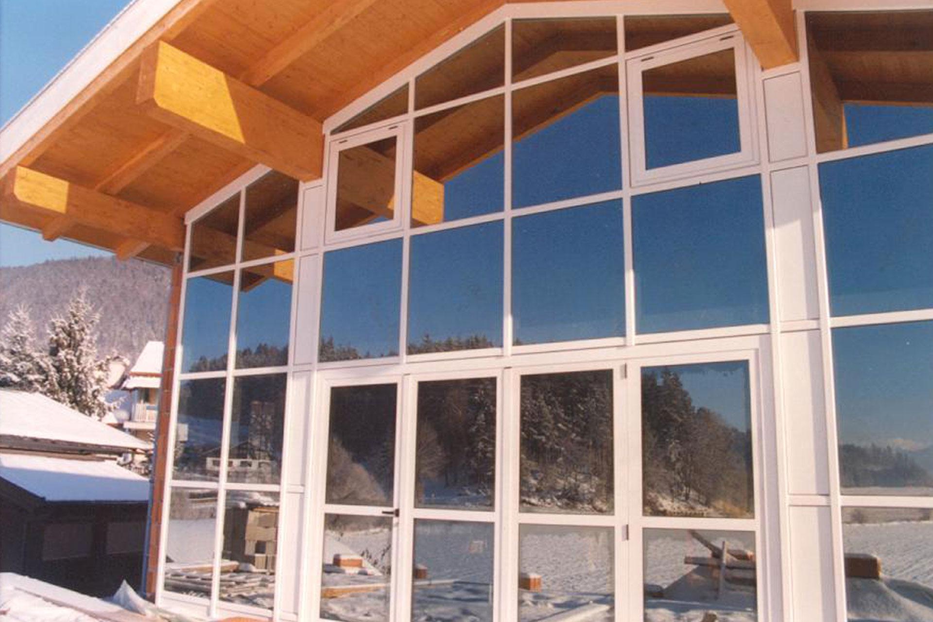 Giardino d'inverno winter garden serramenti alluminio taglio termico montagna